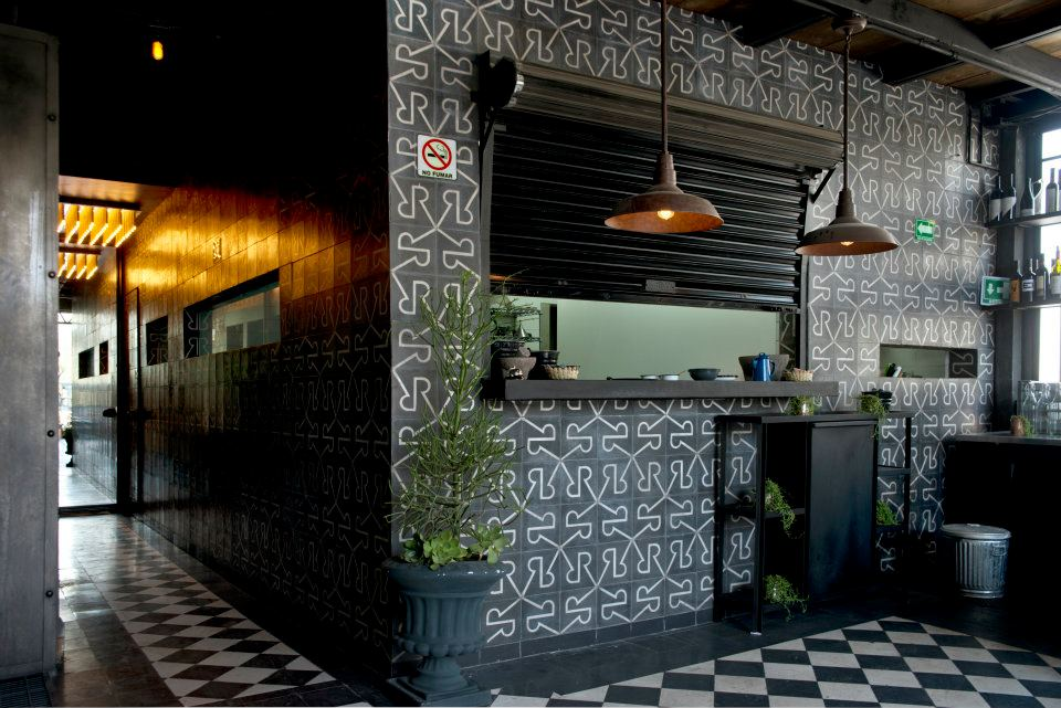 Deco industrielle mexico wild birds collective for Deco resto