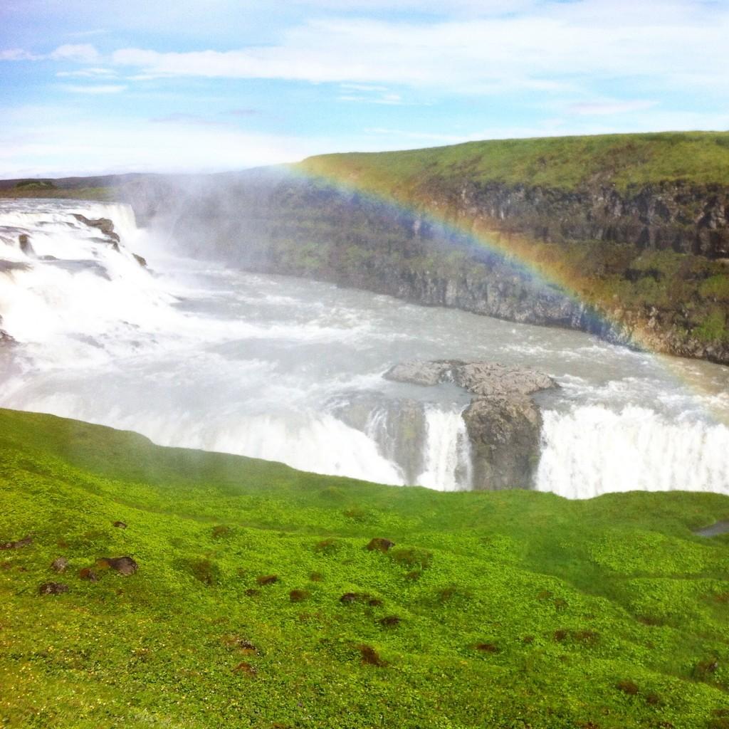 WBC-Instagram-3-islande-gulfoss-rainbow