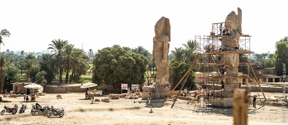 Statues nécropole de Thèbes