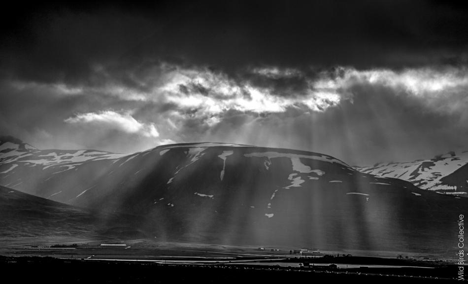 Montagne enneigée Akureyri Islande