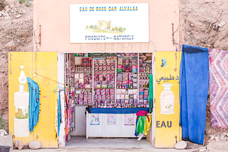 Boutique d'eau de rose au Maroc