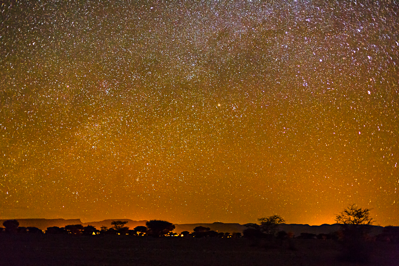 Nuit étoilée au campement Saredrar au Maroc
